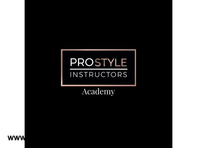 PRO STYLE INSTRUCTORS -Kreowanie wizerunku , stylu oraz makijażu